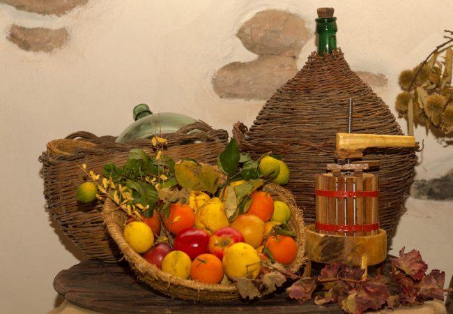 fruit-food-produce-autumn-italy-nikon-311655-pxhere.com (1)